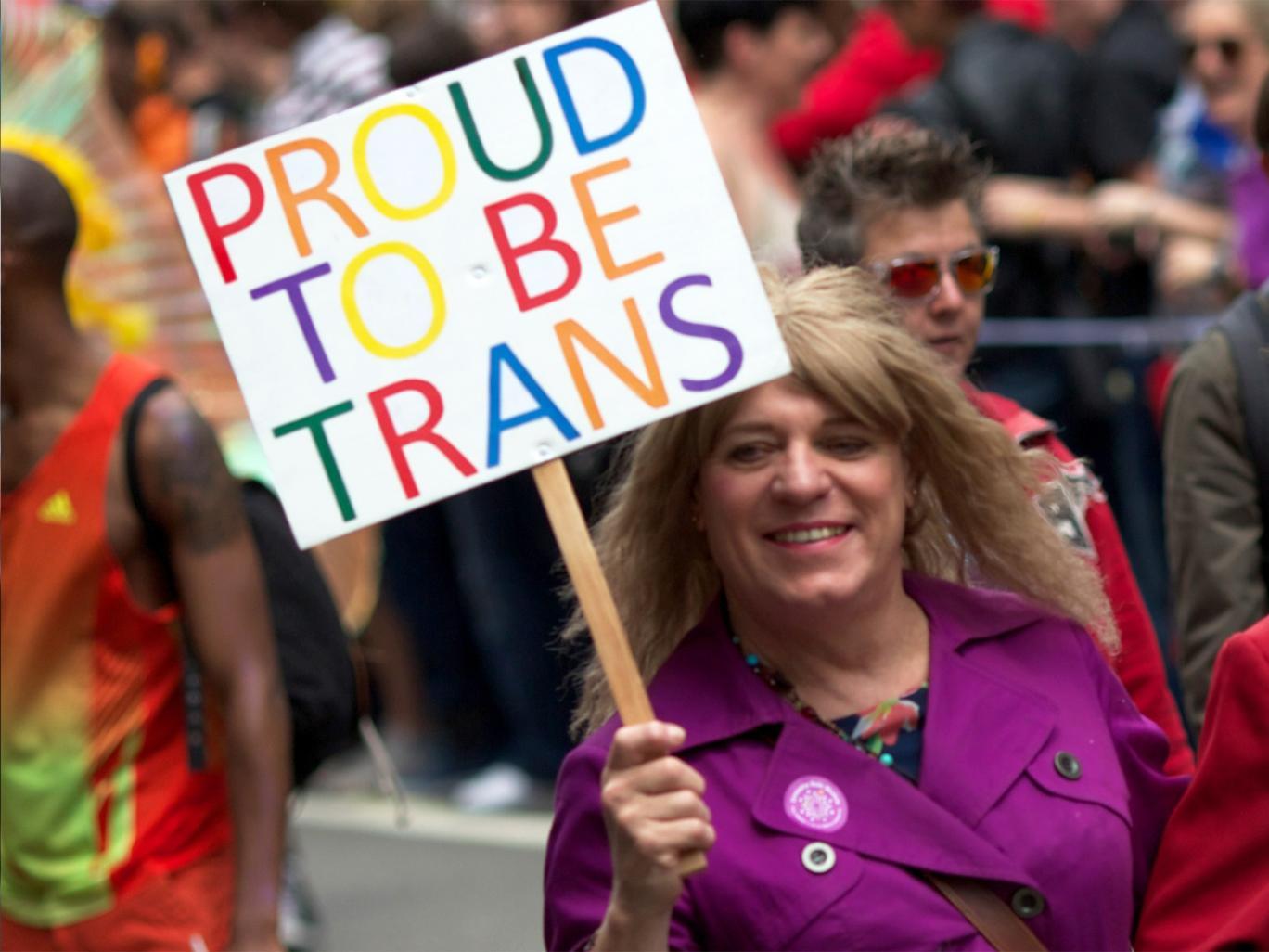 Buscando Hombre Mayor Transexual Reunión